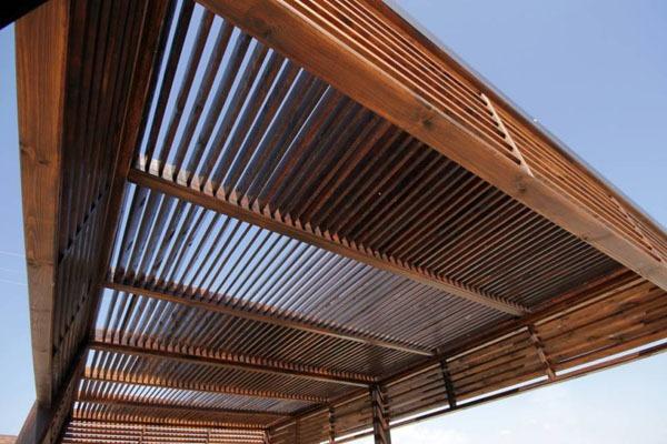 Pergola maison bioclimatique
