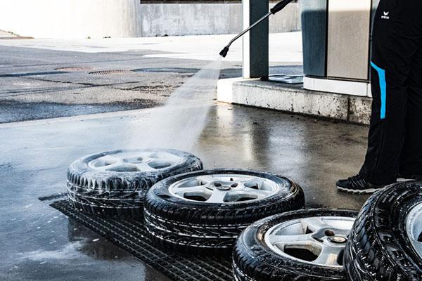 Nettoyeur haute pression voiture