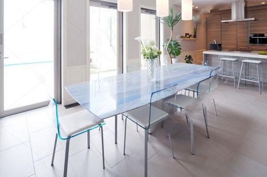 table en verre trempé