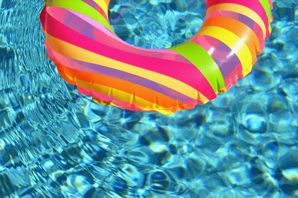 Traitement de l'eau de la piscine